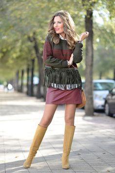 THE SWEATER Mi Aventura Con La Moda waysify Hot Outfits, Skirt Outfits, Fall Outfits, Cute Fashion, 90s Fashion, Girl Fashion, Estilo Blogger, Girls In Mini Skirts, Fashion Poses