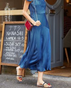 11671943f6f9c Belle Blue Black Silk Dress