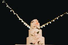 #cake #weddingcake #Terralogical #weddinginspiration #destinationwedding