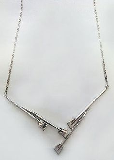 Necklace: 4 oars with attached figaro chain LOVE