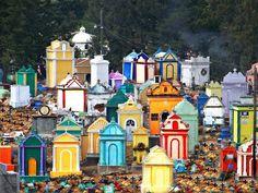 color en los cementerios (Guatemala)