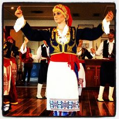 Traditional Crete dance of love-syrtos Greek Traditional Dress, Greek Culture, Minoan, Greek Clothing, Black Sand, People Of The World, Crete, Mom And Dad, Pretty Outfits