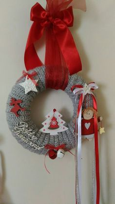 Christmas Wreaths, Christmas Decorations, Xmas, Christmas Tree, Holiday Decor, Felt Wreath, Wreath Tutorial, 4th Of July Wreath, Advent