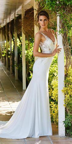 Top 21 St. Patrick Wedding Dresses 2018 ★ See more: https://weddingdressesguide.com/st-patrick-wedding-dresses/ #bridalgown #weddingdress