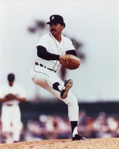 Willie Hernandez, Detroit Tigers, 1984 American League Cy Young Award and MVP winner. Detroit Sports, Detroit Tigers Baseball, Detroit Lions, Detriot Tigers, Cy Young Award, Mlb American League, Tiger Stadium, Baseball Photography, Home Team