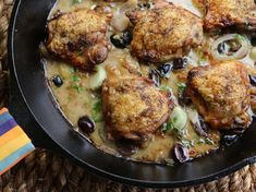 """Heirloom Garlic Clove Chicken Thighs (All the Colors of the Rainbow) - Valerie Bertinelli, """"Valerie's Home Cooking"""" on the Food Network. Chicken Thigh Recipes, Best Chicken Recipes, Food Network Recipes, Cooking Recipes, Cooking Food, Valerie Bertinelli, Garlic Chicken, Boneless Chicken, Veggies"""
