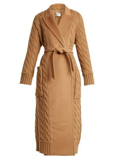 Max Mara's signature beige hues get a textural update in this Cile coat. It's tailored in Italy to a classic double-breasted silhouette from an unusual pairin… Max Mara, Knitwear Fashion, Hijab Fashion, Beige Coat, Camel Coat, Double Breasted Coat, Coats For Women, Mantel, Casual Wear
