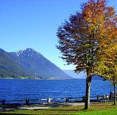 Achental und Achensee in Tirol, Karwendelgebirge und die idyllischen Ortschaften Pertisau und Maurach.