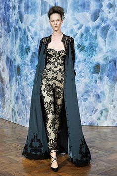Alexis Mabille Haute Couture Fall Winter 2014-2015, look 17. www.alexismabille.com