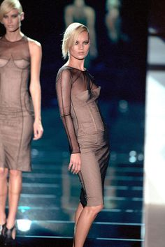 The 40 best Tom Ford for Gucci looks of all time.