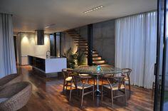 Casa Marielitas / Estudio Dayan Arquitectos  Floor and Curtains