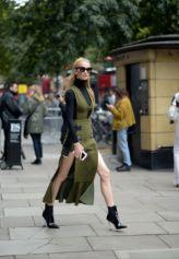 Street Style da semana de moda de Londres. LFW - verão 2018.