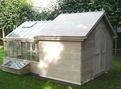 Greenhouse Shed Lovely garden shed with attached greenhouse lovely! Diy Greenhouse Plans, Indoor Greenhouse, Greenhouse Gardening, Greenhouse Shed Combo, Greenhouse Wedding, Winter Greenhouse, Garden Structures, Outdoor Structures, Shed Conversion Ideas
