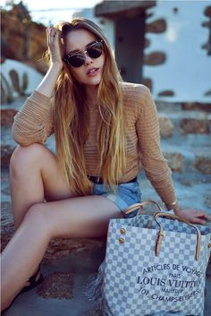 tote bag with chic sunglasses