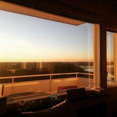 #auringonlasku #sunset #finland #helsinki #meri #kevät #valo #nam seuraavana #projekti #sisustaparveke