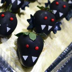 Evil bats strawberries Enge vleermuis aardbeien