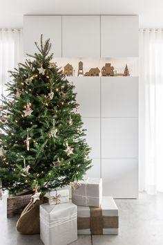 My home for Christmas - VALÉRIE DE L'ÉTOILE INTERIOR DESIGNER Designer, Christmas Tree, Holiday Decor, Home Decor, Photography, Teal Christmas Tree, Decoration Home, Room Decor, Xmas Trees