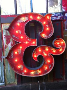 Vintage Neon Sign. I want one so bad.