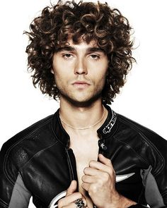 Thick Curly Medium Hairstyles for Men