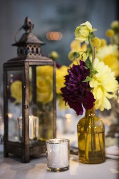 Featured photographer: Catherine Hall Studios; wedding centerpiece idea