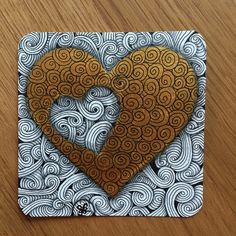 Gold Heart - Sites new Dibujos Zentangle Art, Zentangle Drawings, Doodles Zentangles, Doodle Drawings, Heart Drawings, Flower Drawings, Tangle Doodle, Zen Doodle, Doodle Art