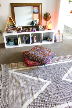 Lady Scorpio | @Ladyscorpio101 ☽☽ ladyscorpio101.com ☆ Perfect Bedroom Decor for the Hippie at heart ♡ These Mandala Tapestry decorations are perfect for Christmas and the Holidays for your home | Rugs on Rugs