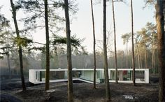 A Reflection of Modern Thinking in Glass-and-Mirror Villa 1 House Design | Modern House Designs