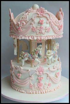gorgeous carousel cake.