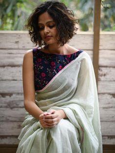 3d609dd8065565 112 Best Indian Saree Trends images in 2019 | Saree trends, Elegant ...