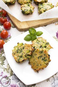 Placuszki brokułowe z żółtym serem