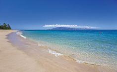 Clear waters and mountain views from Ka'anapali Beach on the island of Maui, Hawaii #honeymoon #travel #Hawaii