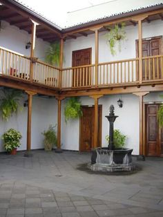 PATIO CANARIO Estilo Colonial, Cafe Bar, Tenerife, Deck, Spaces, Outdoor Decor, House, Home Decor, Style