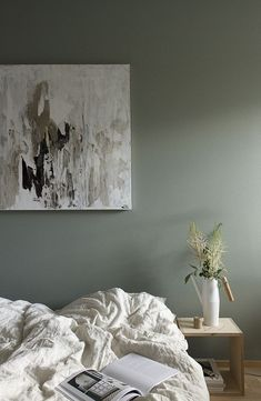 These neutral bedroom color schemes are anything but boring. From dark bedrooms in greys and blue-greys to light bedrooms in sandy beiges and blushes,. Calming Bedroom Colors, Bedroom Color Schemes, Colour Schemes, Colour Palettes, Minimalist Home Decor, Minimalist Bedroom, Bedroom Green, Bedroom Decor, Calm Bedroom