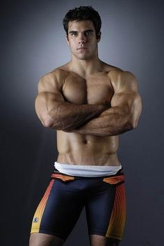 Awesome Muscular Wrestler | MALE ATHLETES