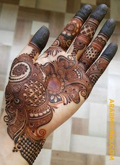 50 Most beautiful Heena Mehndi Design (Best Henna Design) that you can apply on your Beautiful Hands and Body in daily life. Henna Hand Designs, Mehndi Designs Finger, Latest Bridal Mehndi Designs, Full Hand Mehndi Designs, Mehndi Designs For Girls, Stylish Mehndi Designs, Mehndi Designs For Beginners, Mehndi Design Photos, Wedding Mehndi Designs