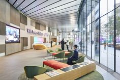 HLW International were engaged by Willis Towers Watson to complete the interior fit-out for the merger between Willis and Towers Watson located in London, Amazing Architecture, Interior Architecture, Interior Fit Out, Waiting Area, Cool Cafe, Cool Apartments, Ceiling Design, Design Firms, London