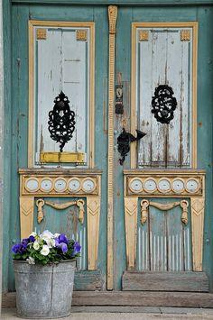 Doors of Tallinn by Bawmer, via Flickr