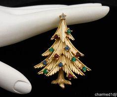 Vtg TRIFARI Christmas Tree Brooch Pin Multi-Color Rhinestones Gold Tone Perfect…