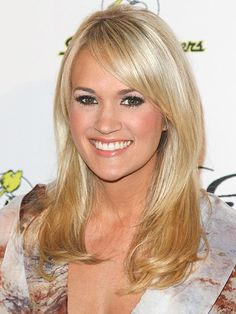 Hairstyles with Bangs: Carrie Underwood
