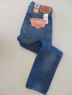 Levi's 501 Straight Leg Button-Fly Jeans  Size 31 x 30 (005012238 (C) #Levis #ButtonFly