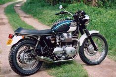 Bonneville TT Mecatwin: Loving the parcel rack. Triumph Motorbikes, Triumph T120, Triumph Cafe Racer, Triumph Bonneville, Triumph Motorcycles, Cars And Motorcycles, Classic Motors, Classic Bikes, Motorcycle Art