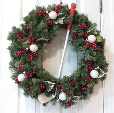 Check out our Golf Theme Handmade Holiday Wreath! Find the best Golf Holiday Decors here at Golf Christmas Gifts, Diy Christmas Ornaments, Christmas Decorations, Holiday Decor, Christmas Ideas, Golf Club Crafts, Golf Party Favors, Golf Theme, Paper Flower Tutorial