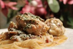 What's Cookin' Italian Style Cuisine: Crockpot Chicken and Dumpling Mushroom Marsala