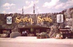 Seven Seas, Arlington, Texas. Opened 1972, closed 1976.