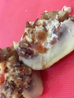 Riccotta Filled Mushrooms! Click on the image to see our bonus recipe! Waffles, Side Dishes, Stuffed Mushrooms, Breakfast, Recipes, Image, Food, Breakfast Cafe, Rezepte
