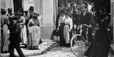 """""""La sortie des usines"""", un des plus célèbres films des frères Lumière, d'une durée de 38 secondes !"""