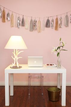 Fun pink office with pink walls paint color, West Elm Parsons Desk in Glossy White, West Elm Antler Table Lamp, garland by Confetti Systems and Kartell Ghost Chair. Pink Home Offices, Confetti System, Parsons Desk, Office With A View, Pink Office, White Office, Modern Rustic Homes, Rosa Rose, Ideas Para Organizar