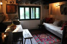 Rustic interior in old house European House, Lounge Areas, Rustic Interiors, Traditional House, Renting A House, Romania, Rustic Decor, Family Room, Restaurant