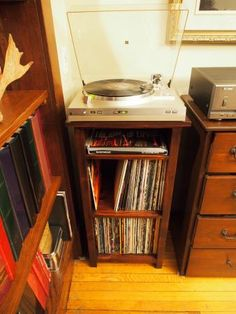 Turntable/Vinyl Stand | Do It Yourself Home Projects From Ana White