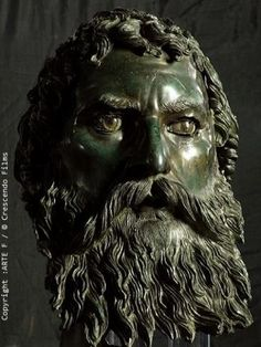 Bronze head of Seuthes lll